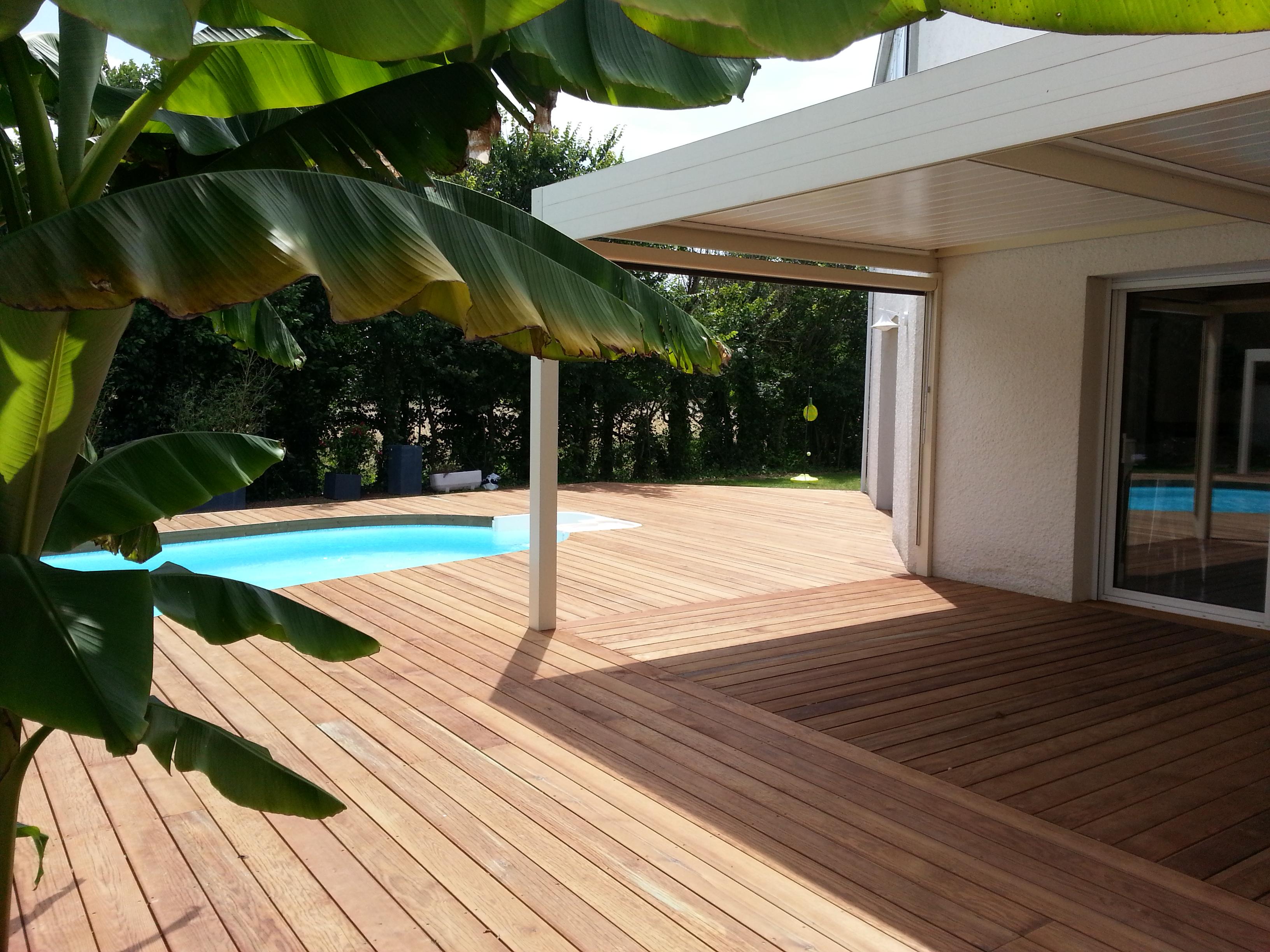 terrasse tendance bois mairie de biard dans la vienne 86. Black Bedroom Furniture Sets. Home Design Ideas